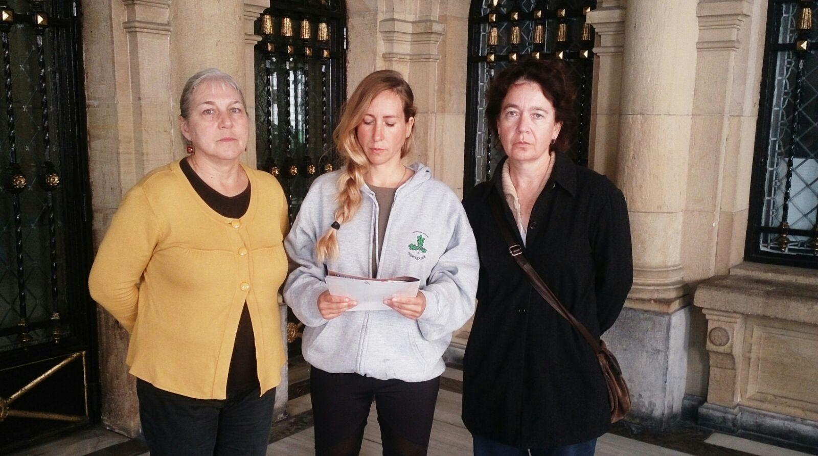 Rueda de prensa en la entraga del Ayuntamiento